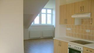 Velmi krásný nový podkrovní byt 4+kk-94m2 s výhledem do zeleně