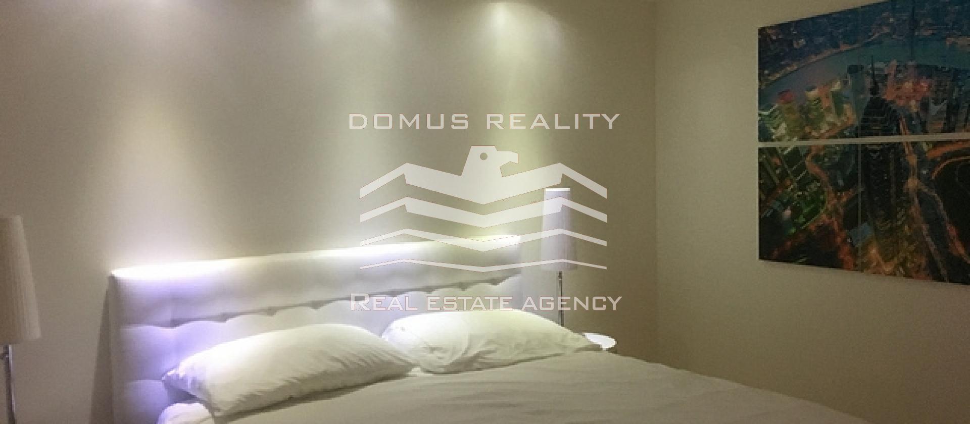 Nadstandartní , luxusně zařízený byt 3+kk