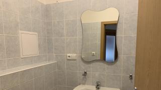Nabízíme vám k pronájmu hezký byt v novostavbě 1+KK, o rozloze 39 m2 + terasa 10m2