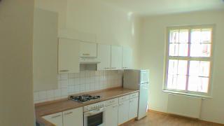 Pronájem bytu 3+1, 100 m² s nepruchozíma pokojema.