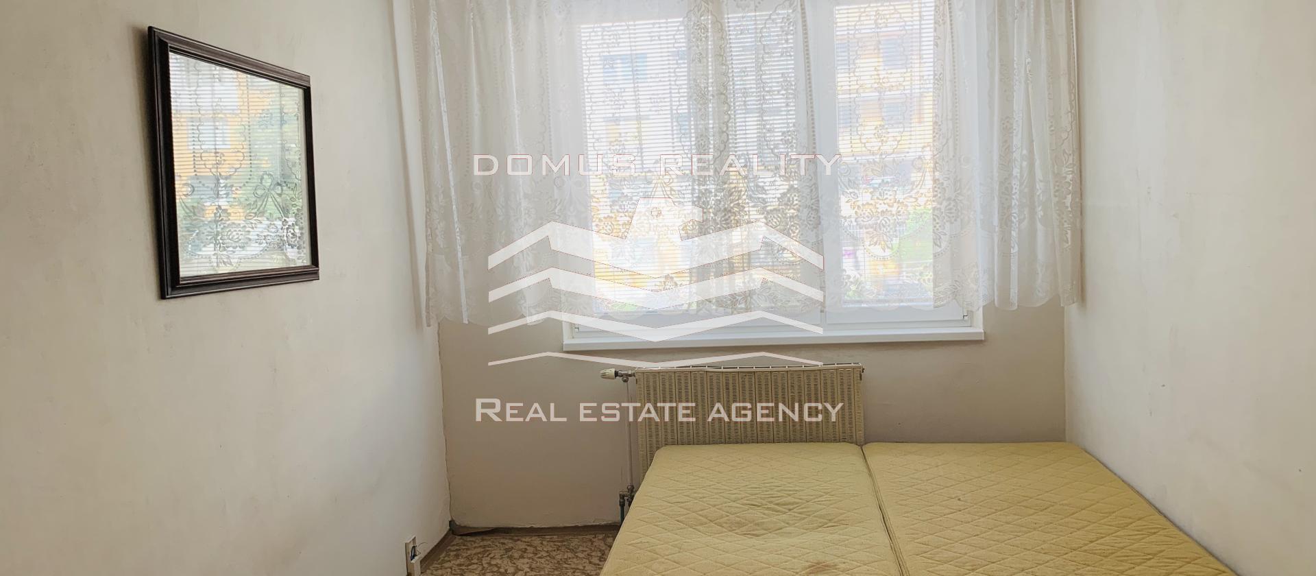 Domus reality  zprostředkuje prodej bytové jednotky v OV o dispozici 2+kk a celkové podlahové ploše 44 m