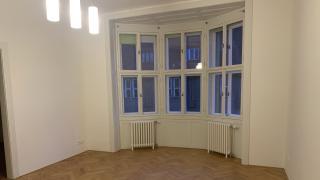 Velmi pěkný, po rekonstrukci byt 3+1, 100m2