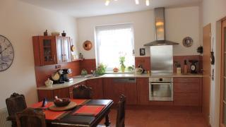 Nabízíme k prodeji novostavbu řadového rodinného domu v obci Velké Přílepy u Prahy
