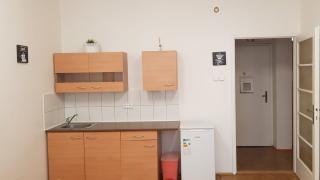 Krásný, útulný, plně zařízený byt 2+Kk, 54 m2, 2. patro s výtahem a orientací do klidného vnitrobloku