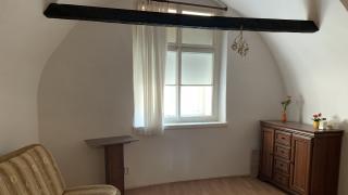 Exkluzivně nabízíme k pronájmu rekonstruovaný byt 1+1, 40 m2