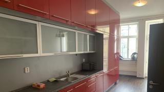 Nabizime k pronájmu byt 2 + 1 s balkonem, 75 m2