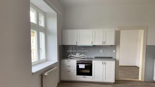 Nabízíme k pronájmu krásný byt 4+1, 95 m2,
